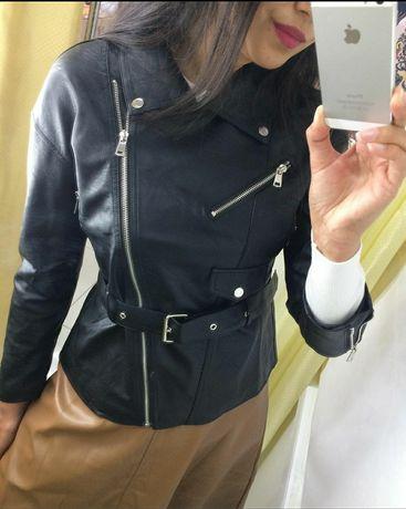 Кожаные куртки юбки брюки лосины