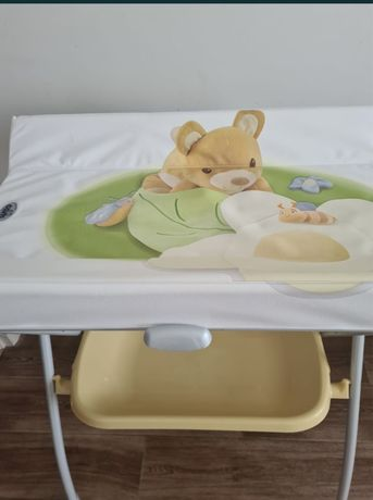 Ванночка- пеленальный столик