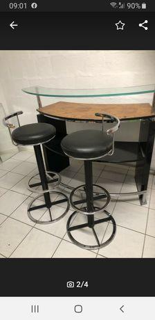 Bar cu 2 scaune rotative
