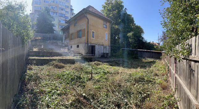 Vând Casa Teren 500m2 ultracentral