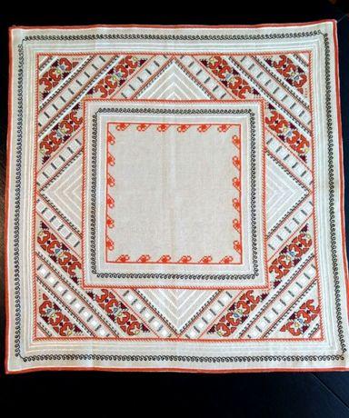 Ръчно плетени покривки. Бродерия ленена панама