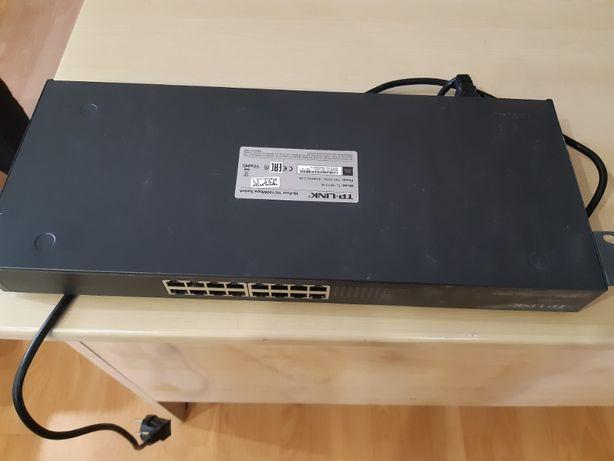 Продам Коммутатор TP-LINK 16 портовый