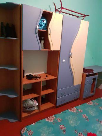 Детская мебель синего цвета