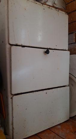Посудочный шкаф продаю состояние хорошое