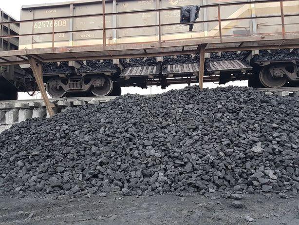 Уголь сортовой по сеткой без песка и пыли доставка ЗиЛ до 6 тонн город