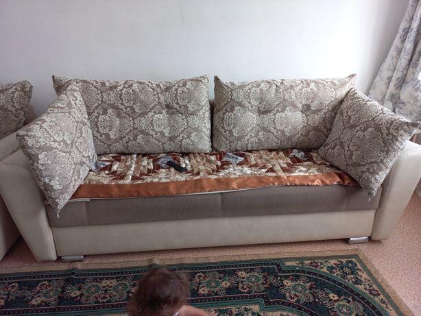 Продам диван хорошем состоянии