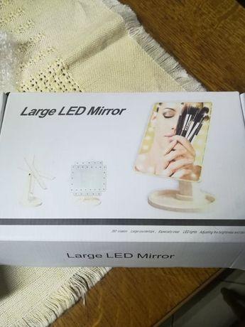 Oglindă cu LED make-up