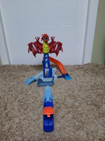 Set de joaca pista Hot Wheells Dragon Blast