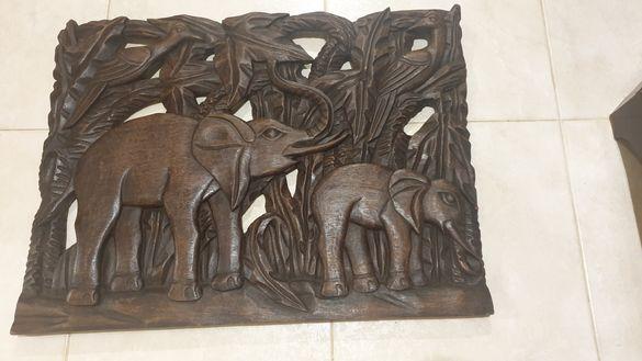 Дърворезба пано слонове красота