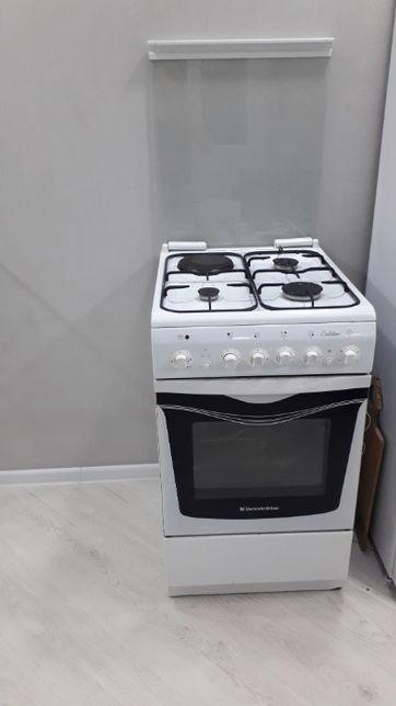 плита электрическая комбинированная в идеальном состоянии