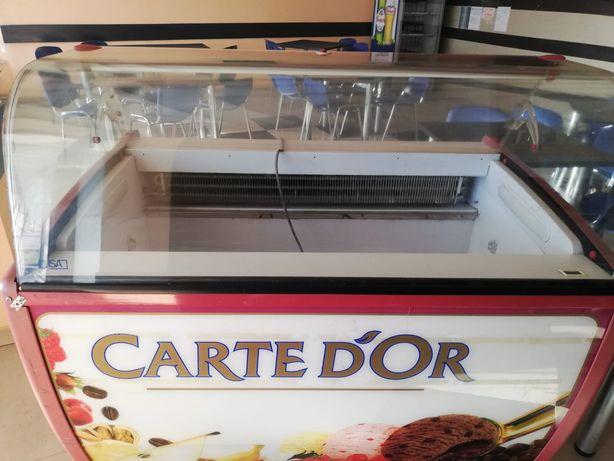 Vând aparate gelaterie
