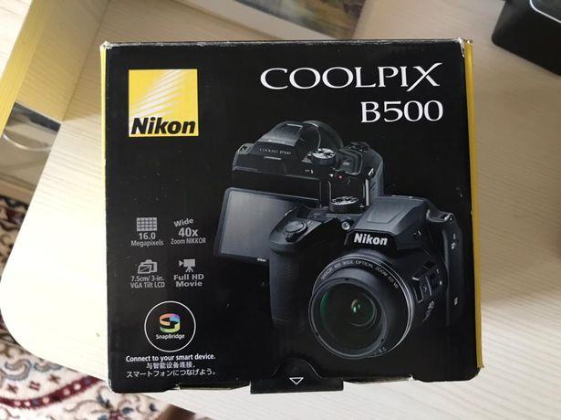 Продаётся профессиональный  фотоаппарат