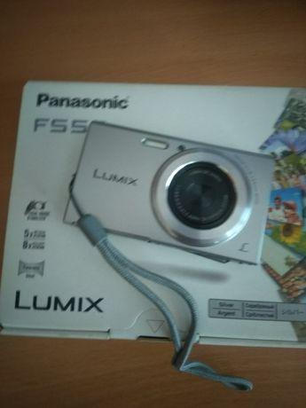 Panasonik F550 Lumix