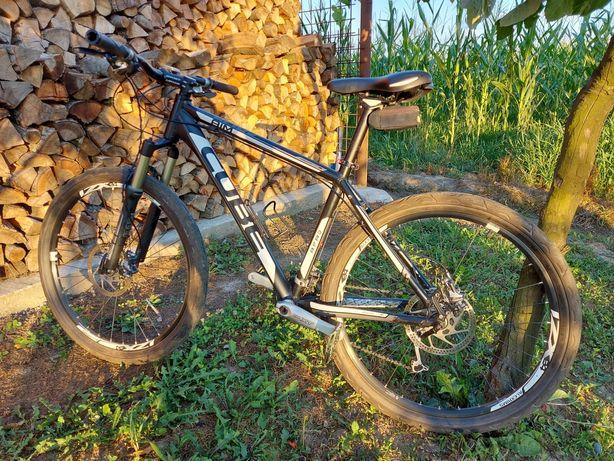 Bicicleta Cube Aim