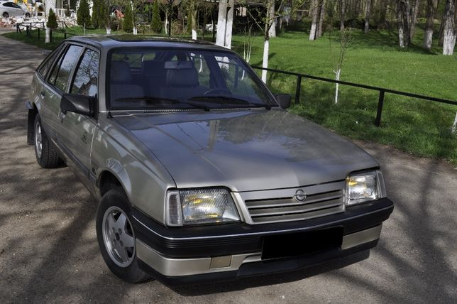 Opel Ascona, masina de epoca in stare originala-impecabila!