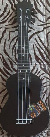Продам новую укулеле (сопрано)