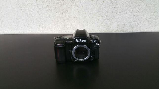 Nikon - F90 - aparat foto - SLR - film - colectie - vintage