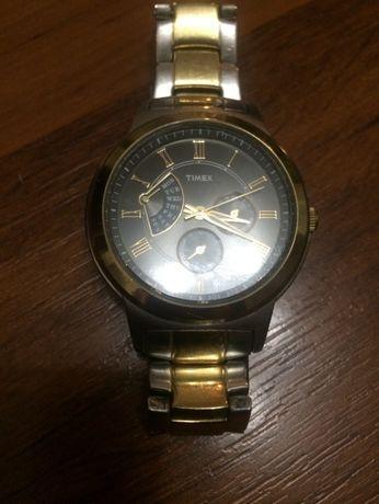 Продавам мъжки часовник TIMEX
