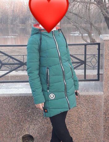 Продам куртку на девочку 14/15 лет