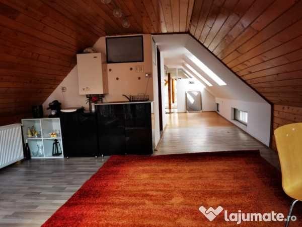 De închiriat mansardă modernă într-o casă în Târgu Mureș