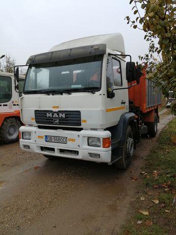 Camion man basculabil cu macara