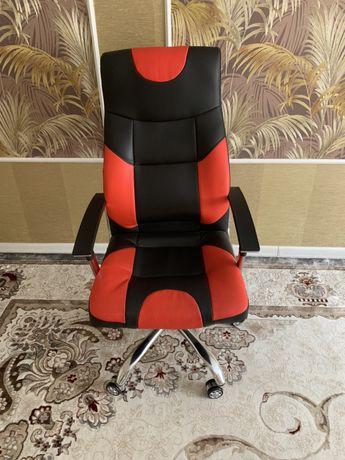 Кресло -очень удобное.Zeta