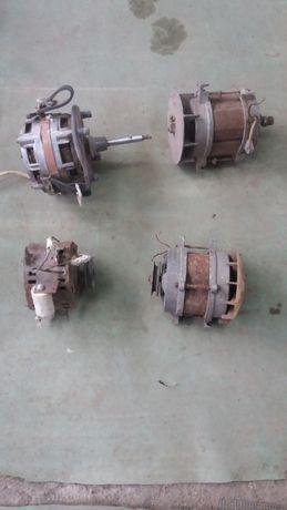 Vând motoare electrice 220 v.