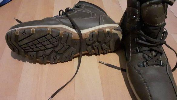 Чисто нови зимни обувки Lock
