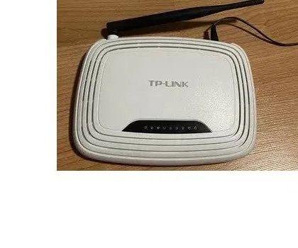 Рутер Tp-Link TL-WR740N и Tenda W311R