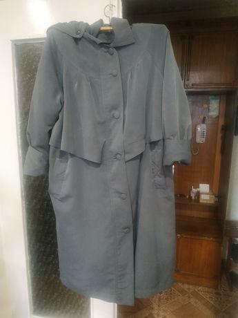 Продам Плащ-пальто на подстёжке
