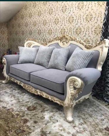 Перетяжка, реставрация стульев, диванов, мягкой мебели любой сложности