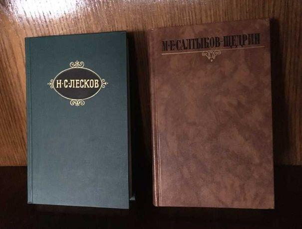 собрания книг в томах