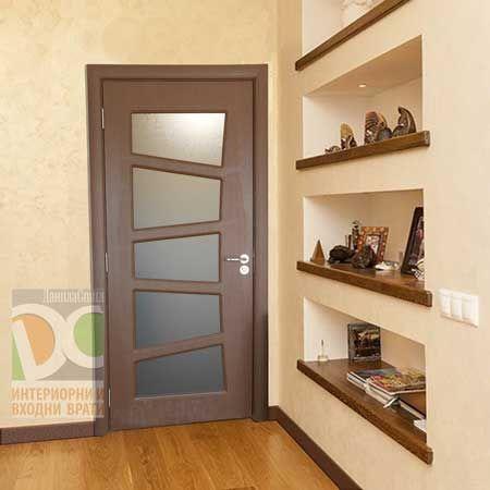 Интериорни врати със заоблени первази - качествен монтаж!
