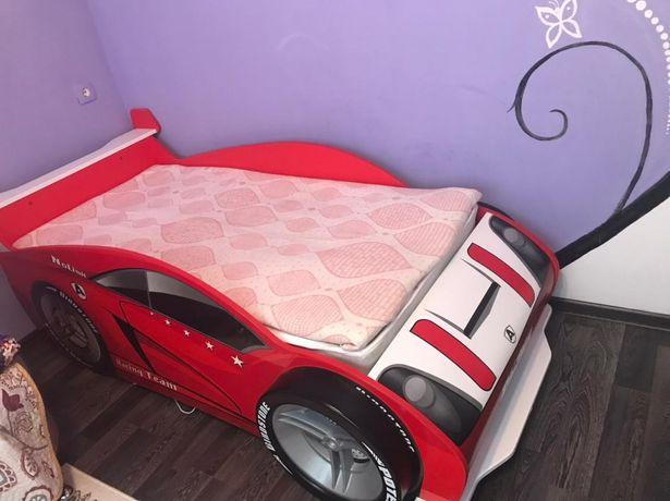 Детский диван кровать с матрацом новая