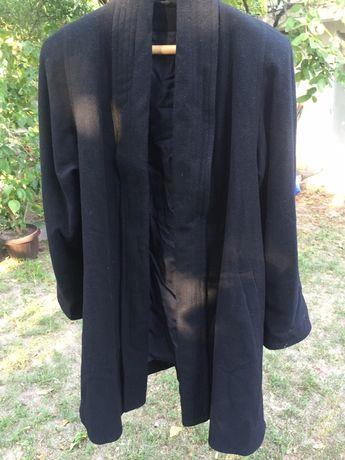 Palton scurt de lana, larg