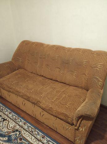 Продаю диван недорого