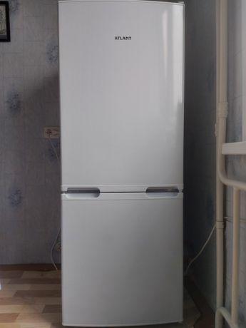 Срочно продам холодильник новый