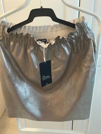 Vand fusta Zara, noua , cu eticheta