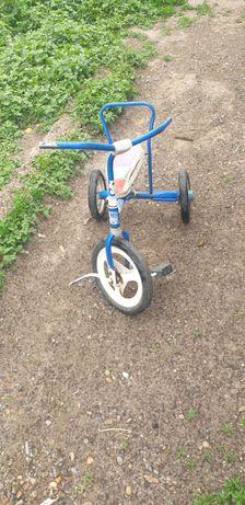 Отдам велосипед за килограмм фруктов
