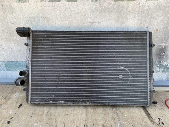 Воден радиатор за Сеат леон Арл голф 4 арл voden radiator za seat leon