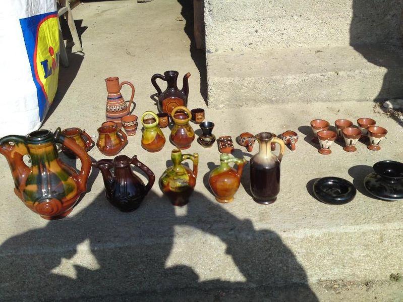 Продавам огромен лот Троянска керамика гр. Казанлък - image 1
