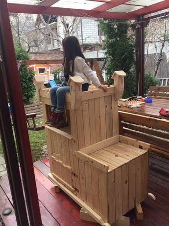 Loc de joaca pentru terasa,castel activități, spațiu depozitare
