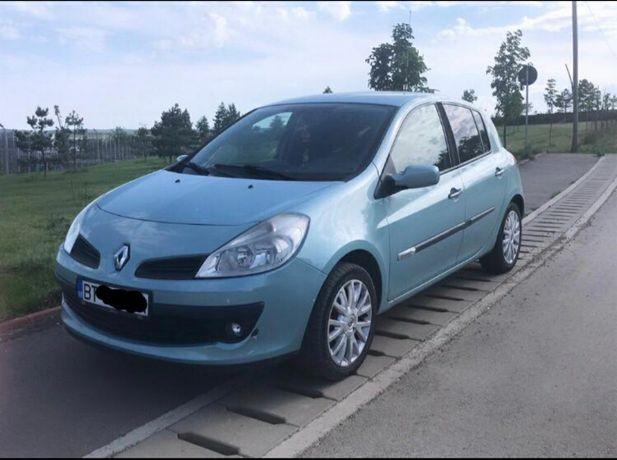 Vând Renault Clio 3