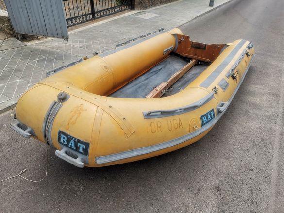 Надуваема лодка King BAT