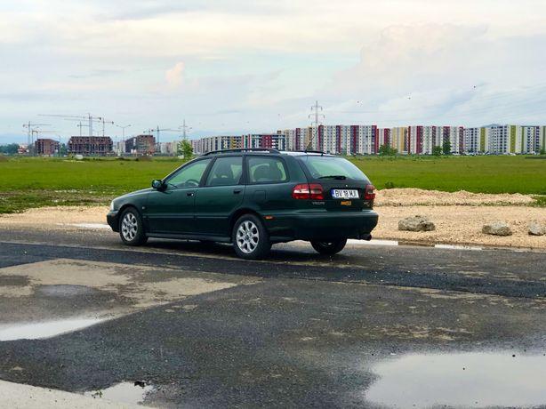 Dezmembrez Volvo V40 1.8I GDI