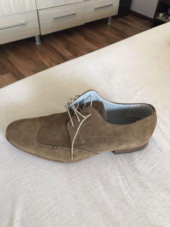 Pantofi italienești