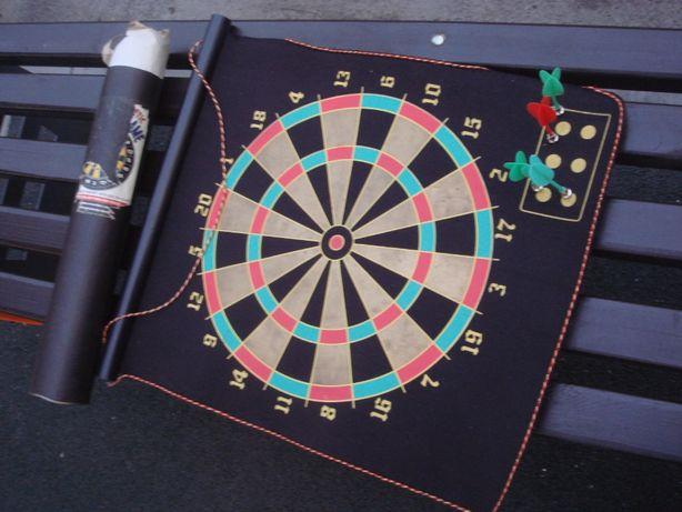 Дартс (англ. darts — «дротики») Игра На магнитной панели 40 см .