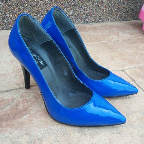 Pantofi de piele NOI albaștri