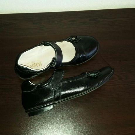 Детски официални обувки Kipri естествена кожа, 33 номер, стелка 22см.