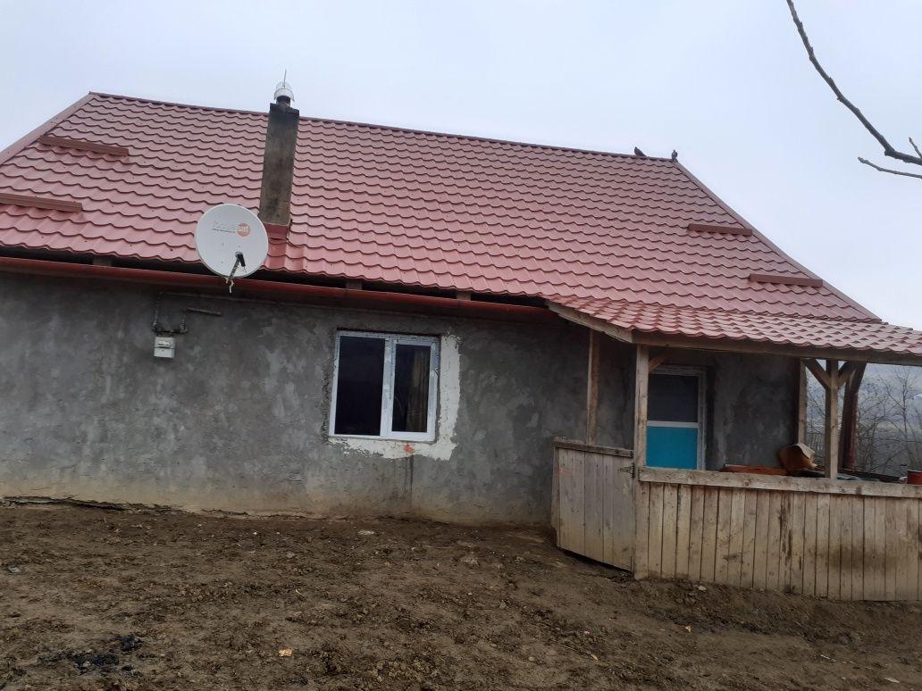 Vând casă nouă văcută